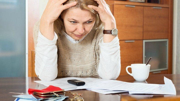 Left the money worries to your partner? 5 tips you should consider right now