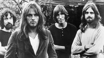 ink Floyd, (L-R: Nick Mason, Dave Gilmour, Roger Waters and Rick Wright) pose for a publicity shot circa 1973. Source: Getty Images