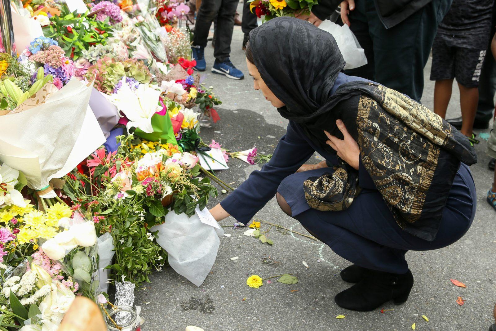 Jacinda Ardern laid flowers down in tribute. Source: Getty.