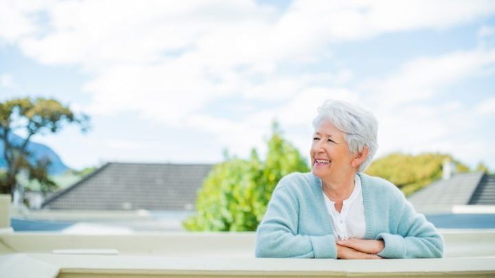 Living in a retirement community might not be everyone's dream, but it certainly has its advantages. (Image posed by model) Source: Getty Images