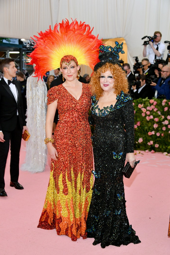 Bette Midler and her daughter Sophie Von Haselberg posed alongside each other on the pink carpet at the Met Gala.