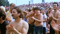 Part of the crowd on the first day of Woodstock in 1969. Source: Derek Redmond and Paul Campbell - Own work, CC BY-SA 3.0 / Wikipedia