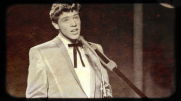 A fresh-faced Rob EG performing on 'Bandstand' in the '60s. Source: YouTube