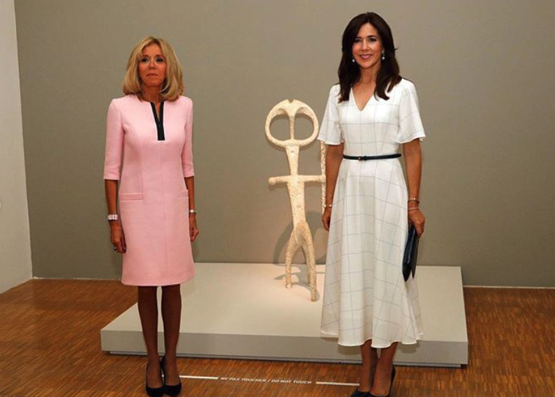 The princess and France's first lady posed in art galleries and the palace on the outing. Source: Instagram/detdanskekongehus.