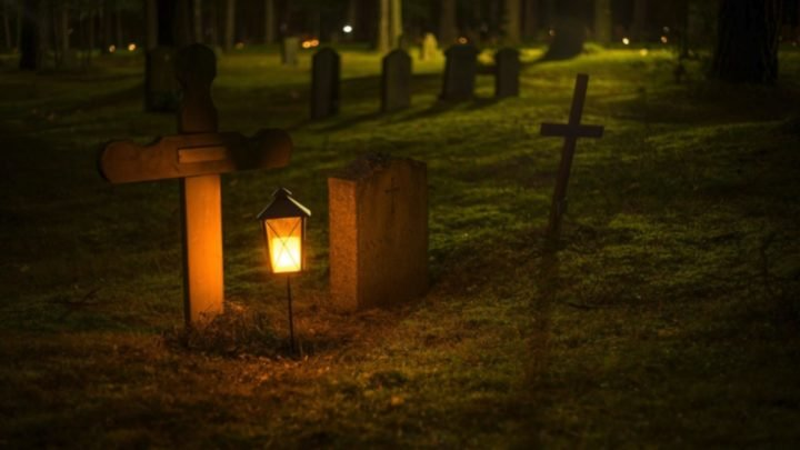 A few years ago there were some very extreme rituals to ensure you were dead before burial. Source: Pexels.