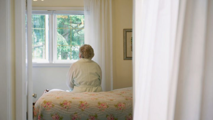 How to deal with mental illness in elderly parents or loved ones