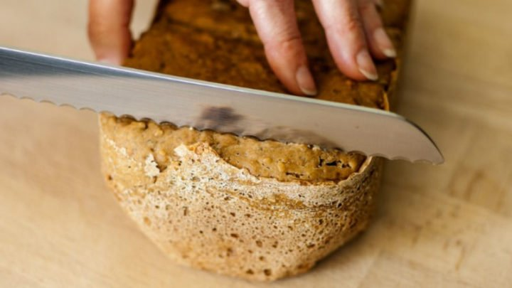 There's nothing worse than cutting into a loaf to find it's gone stale.