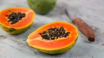 There are a lot of delicious ways you can enjoy papaya's big health benefits. Source: Getty.