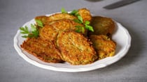 These sweet potato and zucchini fritters are great for mid-week snacks. Source: Getty.