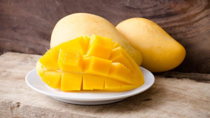 It takes mangoes to tango! Happily, the delicious fruit is one of the many foods that can do wonders for your sex life. Source: Getty
