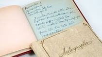 Remember the autograph books from your childhood? Source: Getty Images