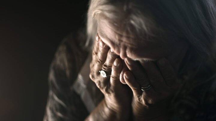 There is a growing number of Australian women finding themselves homeless in their later years. (Model posed for photo.) Source: Getty