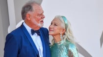 Taylor Hackford and Helen Mirren cosied up on the red carpet in Venice. Source: Getty